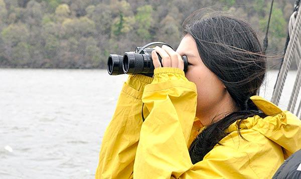 binoculars-orientation-web-600-358px